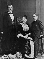 Familia Stanford (vía stanford.edu)