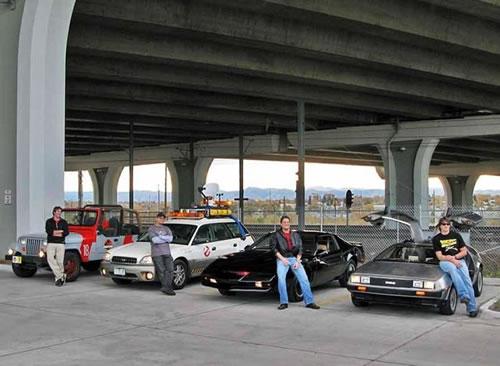 Cuatro coches friquis