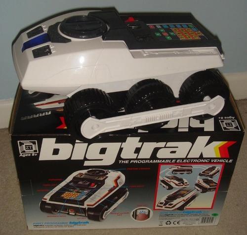 Bigtrak con su caja