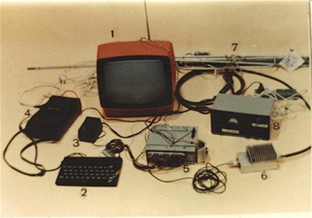 El profesor que pirateó la señal de televisión polaca con un ZX Spectrum y un transmisor casero